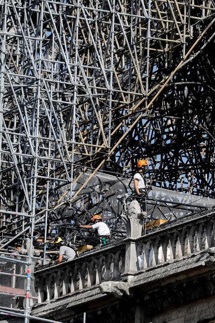 巴黎圣母院灾后的维修工作重启