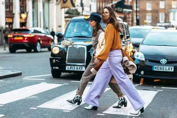 伦敦时装周即将开办 前排票价折合人民币2100元