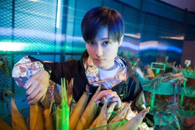 李宇春穿旗袍跳舞 李宇春新歌《你好吗我很好谢谢你呢》