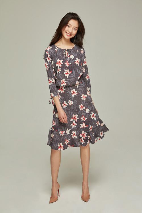 """被喻为""""服装皇后""""的连衣裙一直都是女性服装的巨头"""