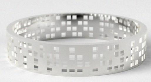 """芬兰银饰设计师打造带有个人信息的""""特殊""""婚戒 网友:很有意义"""