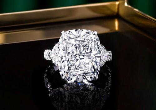 ALROSA推出计划让珠宝买家可以详细追踪他们的钻石历史