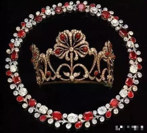 彰显皇室品味的宫廷珠宝 被嵌入了不同的时代特征