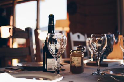 品鉴葡萄酒时容易犯哪些错误?