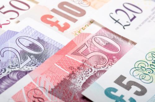 英国7月GDP超预期 英镑回升由跌转涨