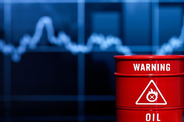 贸易战对油市影响持续 油价一度创造四年来最大跌幅