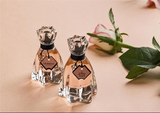 香水品牌VIVINEVO 富有中古世纪法国的浪漫情调