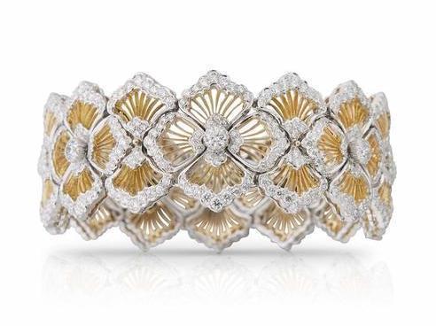 光鲜亮丽的珠宝代言人背后怎样的故事呢?
