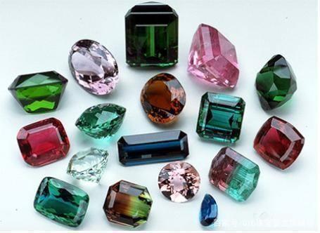 作为当今最流行的七彩虹色珠宝碧玺 你了解多少?
