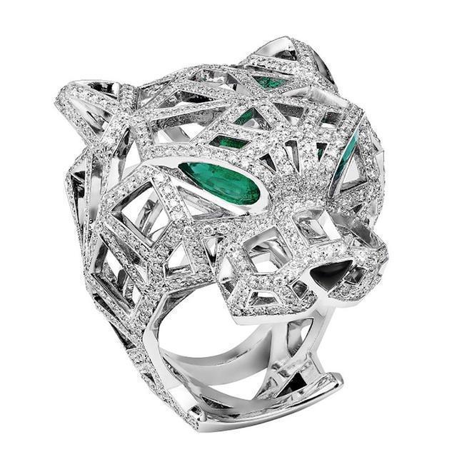 从波澜壮阔的自然中寻找灵光 盘点大牌珠宝设计的动物元素