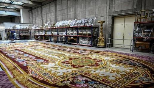 巴黎圣母院大火中幸存文物 19世纪地毯将向公众展出