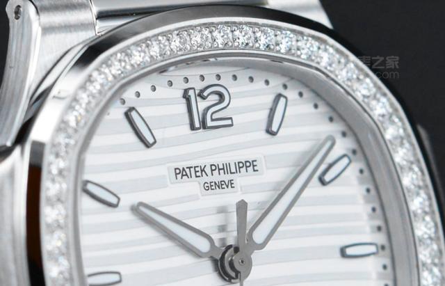 百达翡丽Nautilus系列发布了新款女式腕表