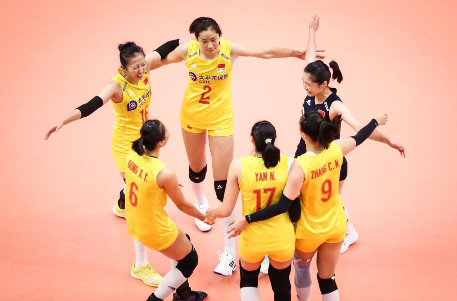 中国女排五连胜  绝对制空权3:0战胜日本队