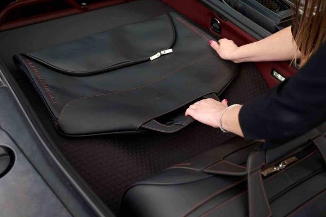 迈凯伦GT定制箱包系列开始出售 你会不会买?