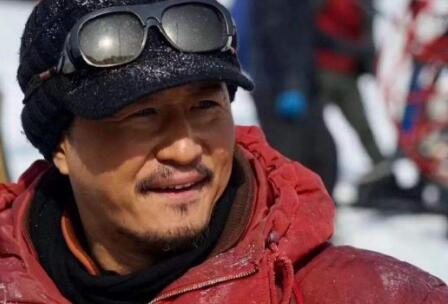 吴京将出席阅兵式 代表中国电影人出席