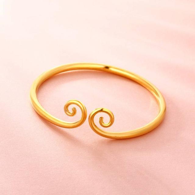 今年流行佩戴这些黄金首饰 瞬间提升高贵感