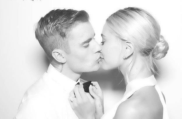 比伯海莉结婚照 低调婚礼星光熠熠