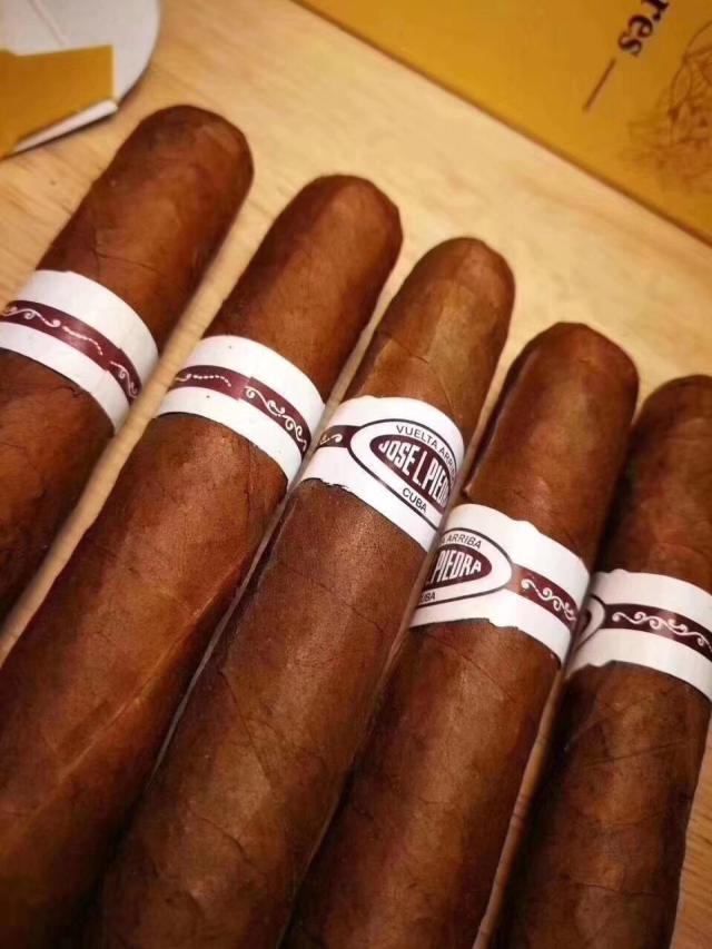 新手初尝古巴雪茄入门级推荐几款