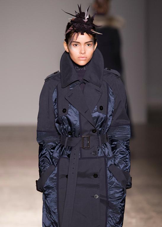 融合了传统与现代的穿搭 干练又不失时髦度