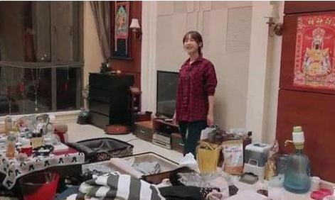 李菲儿住的豪宅 房间尽显少女情怀