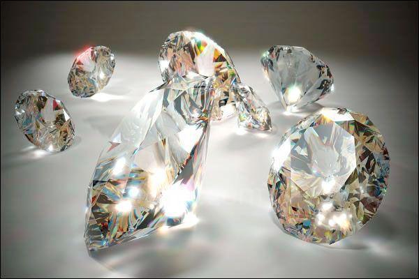 俄罗斯西伯利亚出土了一颗地球上独一无二的钻石