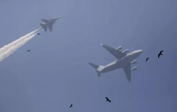 未来7年之内将花费1300亿美元用于采购各种先进军事设备 全面提升印度军事水平