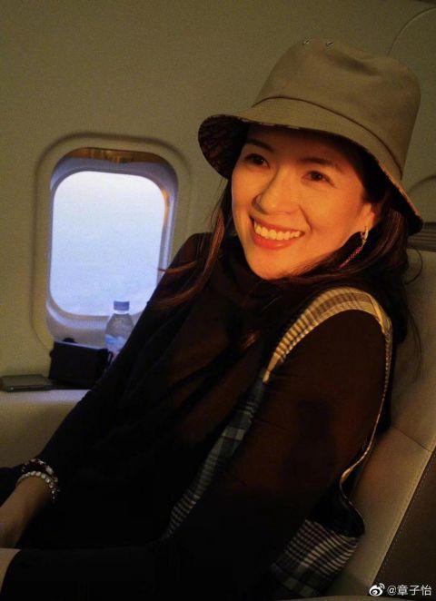 张雪迎章子怡旅行 有个会拍照的朋友真幸福