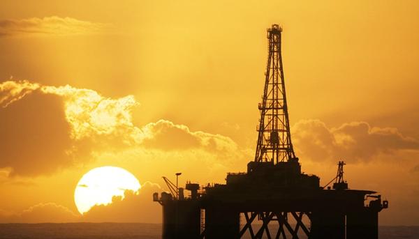 国际油价延续上日涨势 OPEC释放信号决定原油供应支撑油价回升