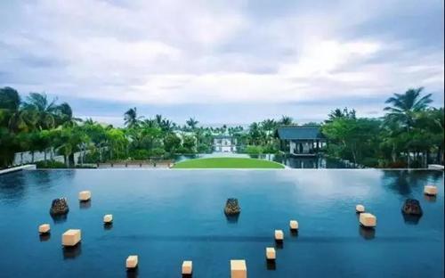 """去年底刚刚开业的""""三亚嘉佩乐度假酒店""""将豪华度假的高度再一次刷新!"""