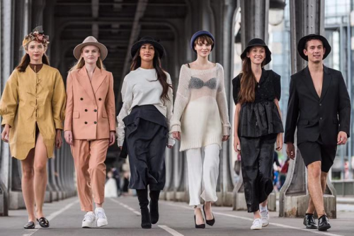 法国轻奢帽饰品牌être par lee亮相巴黎时装周
