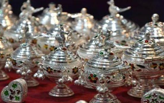 金价屡创新高刺激需求 印度白银销量大增