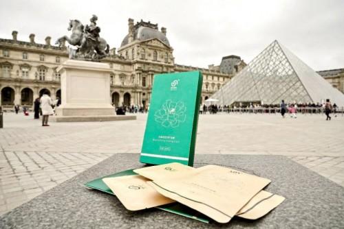 为什么巴黎时装周要一直藏着ESLIFE面膜呢?