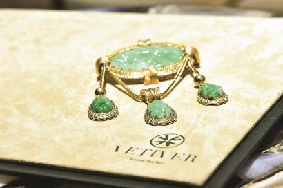"""一批展品陆续抵沪 与进博会一起进入珠宝的""""高光时刻"""""""