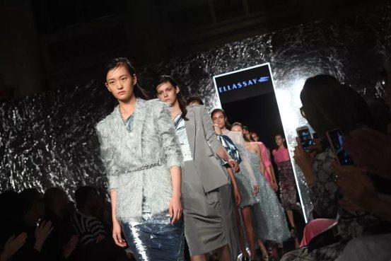 一场优雅时尚的时装发布 FASHION SHENZHEN展现东方艺术之美