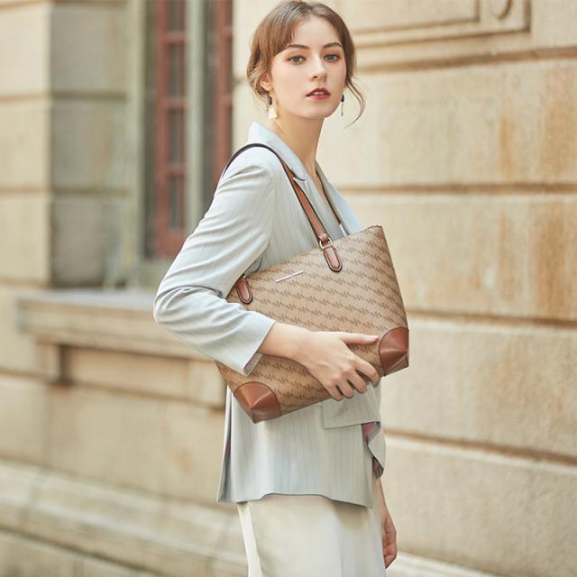 女包品牌MITCHELL KOCH设计风格多样 让每个人都能找到适合自己的靓丽包包