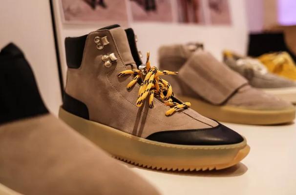 巴黎时装周上的球鞋盛宴你见过吗?