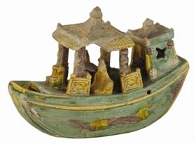 明代素三彩陶塑船鉴赏