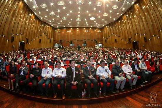 """重庆大学博物馆参评专家否认参与""""假得荒唐的文物""""鉴定"""