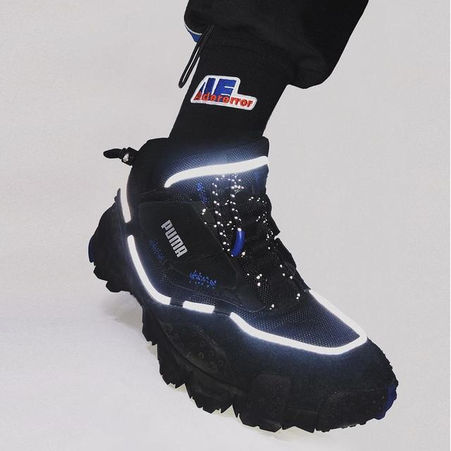 PUMA带来一款户外机能风新品球鞋 超炫反光+户外机能造型!