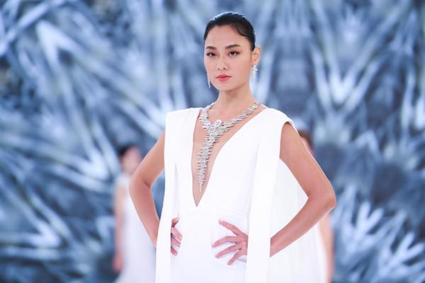 当中国风与珠宝首饰结合 一件件巧夺天工的作品就此诞生