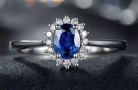 彩色珠宝闪耀三大展会 艳压黄金、钻石与翡翠