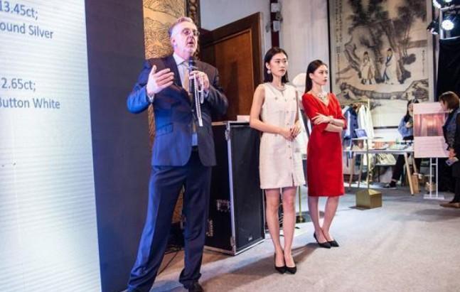 """第三届""""当东方遇上西方""""国际珍珠艺术展在长沙举行"""