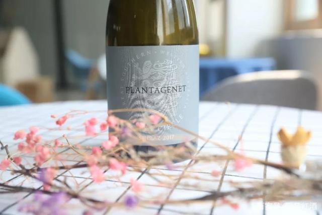爆款澳洲红五星酒庄:西拉红葡萄酒