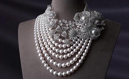 珍珠首饰搭配也是一门大学问