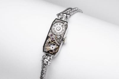 首次展出玛丽莲·梦露私人古董腕表 领衔呈现了品牌所展现的女装独立