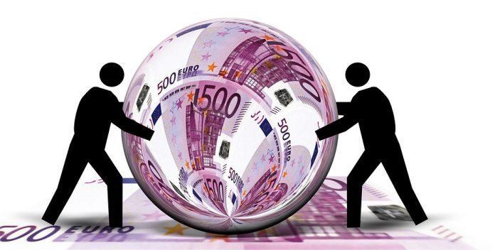 人民币汇率必须调整吗?