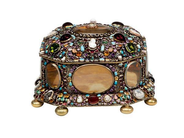 """""""Jewels! Glittering at the Russian Court""""珠宝展 完美展现俄国皇室及上流社会奢侈的装饰文化"""