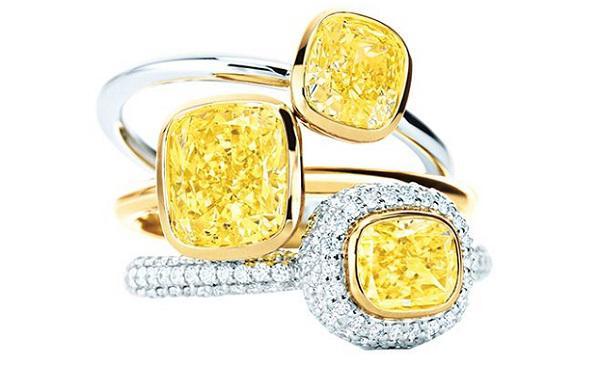 如何区别黄钻和发黄的白钻