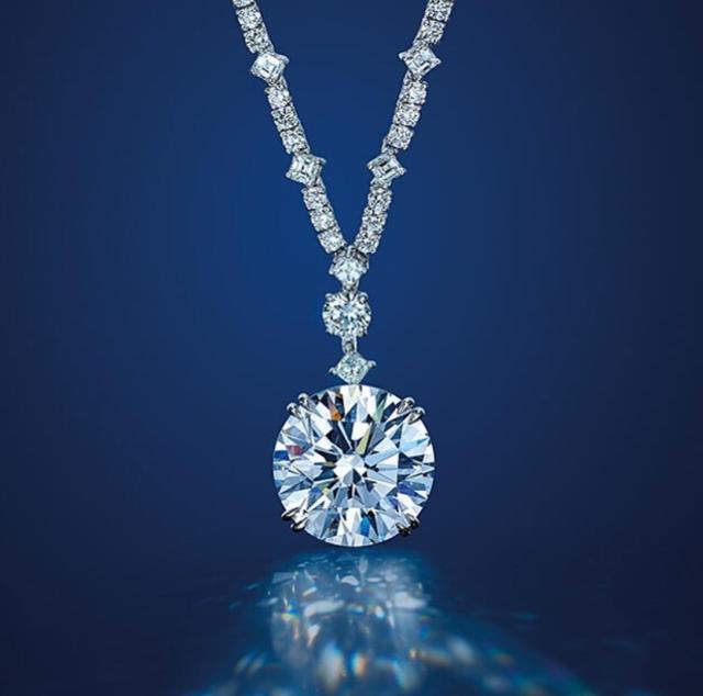 佳士得拍卖会上的珠寶会是怎样的惊艳呢?