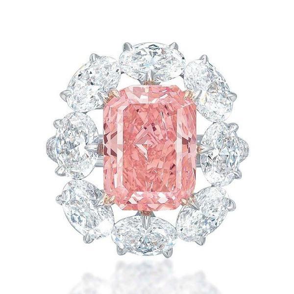 那些年佳士得上的巨型顶级粉钻和粉红钻戒指